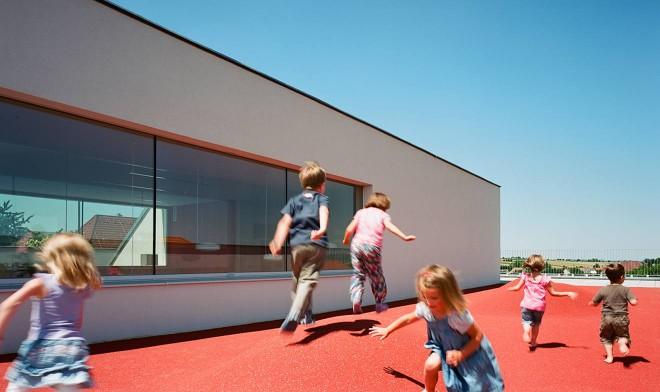 Spielbereich am Dach